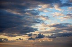 Драма вечера в облаках Стоковая Фотография