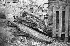 Древесина и утес стоковое фото rf