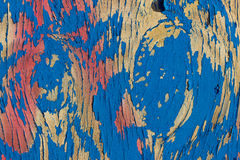 Древесина с красочной краской шелушения стоковая фотография rf