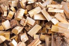 Древесина топлива, естественная Деревянная предпосылка прервано текстура стоковая фотография