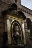 Древние стены окружая город Romein Италии Стоковые Фотографии RF
