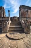 Древний город Polonnaruwa, фото Vatadage & x28; Круговая реликвия House& x29; в Polonnaruwa стоковое изображение rf