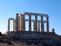 Древний храм Poseidon в каподастре Sunio в Attica Греции стоковые изображения rf