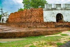 Древняя крепость в Ayutthaya Таиланде стоковые фотографии rf