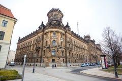 22 01 2018 Дрезден, Германия - историческое старое здание полиции De Стоковое Изображение