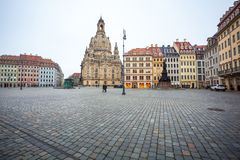 22 01 2018 Дрезден, Германия - красочные здания на Neumarkt кв Стоковое Изображение