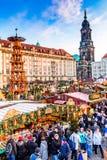 Дрезден, Германия - Striezelmarkt на рождестве Стоковое Изображение