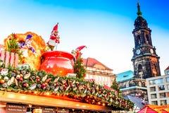Дрезден, Германия - Striezelmarkt на рождестве стоковые фотографии rf