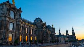 Дрезден: Заход солнца на прогулке Эльбы стоковая фотография rf