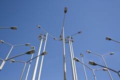 дробит уличные фонари на участки перспективы совместно Стоковая Фотография RF