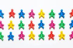 Дружба народов символ покрашенных людей на белой предпосылке Стоковая Фотография