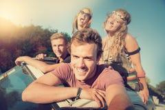 Друзья на каникулах Стоковые Изображения RF