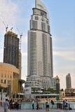 Дубай, ОАЭ - 8-ое апреля 2018 небоскреб Burj Khalifa самый высокий в мире и моле Дубай Стоковое Изображение RF