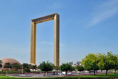 Дубай, ОАЭ - 8-ое апреля 2018 Рамка Дубай - здание в форме рамки для фото Стоковые Изображения
