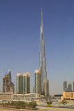 ДУБАЙ, ОАЭ - 11-ОЕ МАЯ 2016: взгляд на башне Burj Khalifa Стоковое фото RF