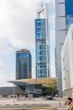 ДУБАЙ, ОАЭ 16-ОЕ ЯНВАРЯ: Небоскребы в центре города на января Стоковая Фотография RF