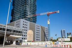 ДУБАЙ, ОАЭ 15-ОЕ ЯНВАРЯ: Улицы 15-ое января 2014 в Дубай, u города Стоковое Фото