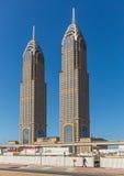 ДУБАЙ, ОАЭ 15-ОЕ ЯНВАРЯ: Улицы 15-ое января 2014 в Дубай, u города Стоковая Фотография