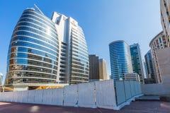 ДУБАЙ, ОАЭ 15-ОЕ ЯНВАРЯ: Улицы 15-ое января 2014 в Дубай, u города Стоковые Изображения RF
