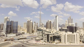 ДУБАЙ - 12-ОЕ ДЕКАБРЯ 2016: Вид с воздуха городского Дубай Дубай Стоковые Фото