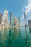 Дубай - 10-ое января 2015: район Марины 10-ого января в ОАЭ, Дубай район Марины популярный жилой район Стоковое фото RF