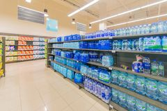 Дубай - 7-ое января 2014: Супермаркет Waitrose Дубай 7-ого января Стоковое Фото