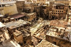 Дубильни Fes, танки Марокко, Африки старые tanneri ` s Fez Стоковая Фотография RF