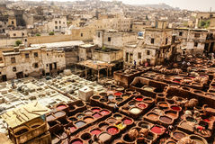 Дубильни Fes, танки Марокко, Африки старые tanneri Fez Стоковая Фотография RF