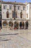 Дубровник, Далмация, Хорватия, Европа, дворец sponza стоковое фото rf