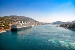 Дубровник, Хорватия - 20 10 2018: Туристическое судно причаленное в хорватском порте Дубровника, Хорватии стоковые изображения rf