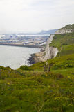ДУВР, Великобритания - 12-ое апреля 2014 - получили, что план построил порт Дувра, самый занятый порт Англии третий стержень Стоковое Фото