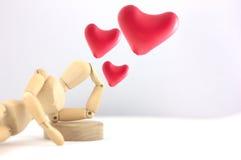 Думать в воздушных шарах сердец влюбленности Стоковая Фотография