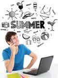 Думать студента усмехаясь летнего отпуска бесплатная иллюстрация