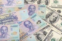 Дуны Вьетнама и доллары США Стоковое фото RF