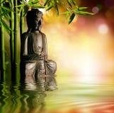 Духовная предпосылка азиатской культуры с Буддой стоковое фото rf