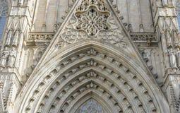Духовность, готический католический Catalo Барселоны фасада собора стоковая фотография rf