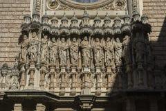 Духовность, каменный фасад собора монастыря Монтсеррата Стоковая Фотография