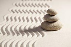 Духовность с sinuous волнами на песке