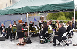 Духовой оркестр на фестивале канала Лидса Ливерпуля на Burnley Lancashire Стоковые Фотографии RF