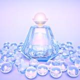 Дух в стеклянные бутылки и жемчуг отбортовывает на сирени Стоковая Фотография RF