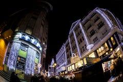 Дух рождества и светлая выставка в центре города Будапеште Стоковое Фото