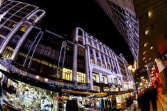 Дух рождества и светлая выставка в центре города Будапеште Стоковые Изображения