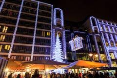 Дух рождества и светлая выставка в центре города Будапеште Стоковые Фото