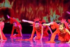 Дух танца ` s детей испытания академии танца Пекина огня сортируя выставки Цзянси достижения выдающего уча стоковое фото rf