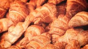 Душистые круасанты Домашняя выпечка Предпосылка концепции еды стоковые изображения