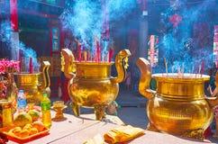 Душистый перегар ручек ароматности, висок Keong Hock Kheng, Янгон, Мьянма стоковые изображения
