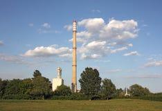 Дымовые трубы электростанции Стоковые Изображения RF