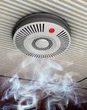Дым и сигнализатор пожара Стоковое Изображение RF