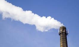 дым фабрики печной трубы Стоковые Изображения