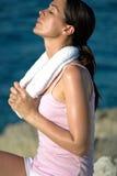 дышать глубоки женщиной стоковое изображение
